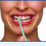 Jednorázový zubní kartáček